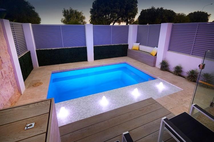 4.2mx2.6m-Billabong-slimline-plunge-pool-4