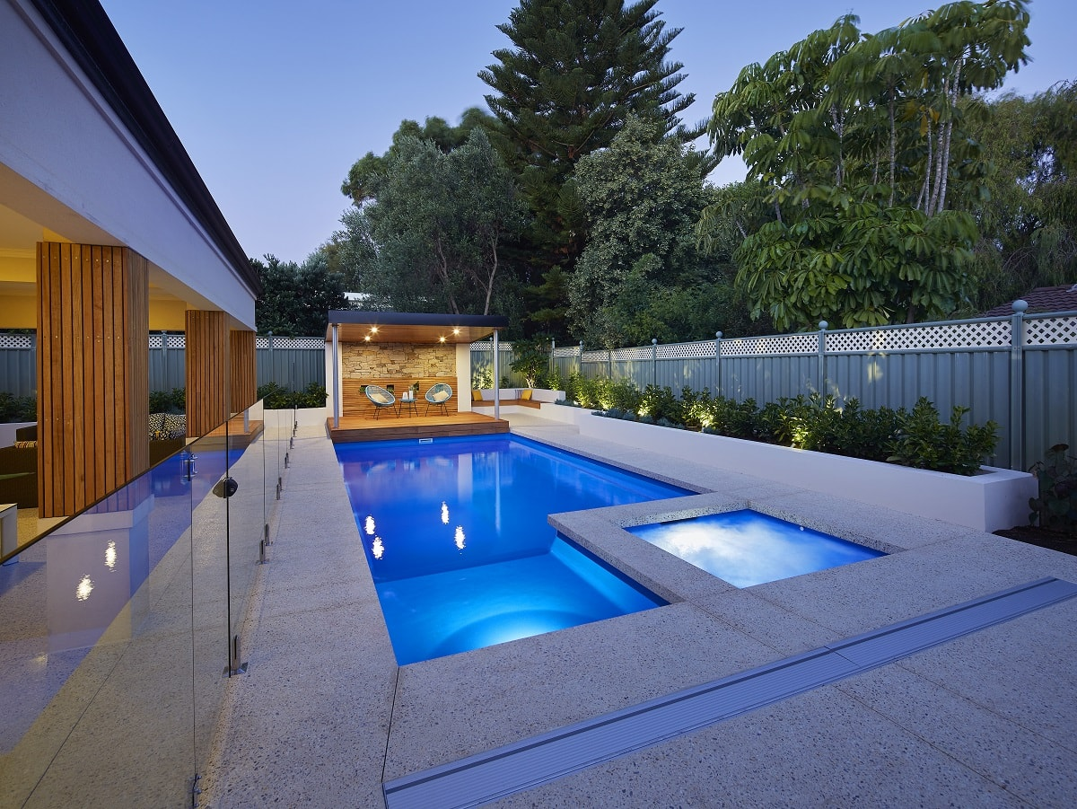 Brooklyn Pool & Spa 9.6m x 4.4m 1