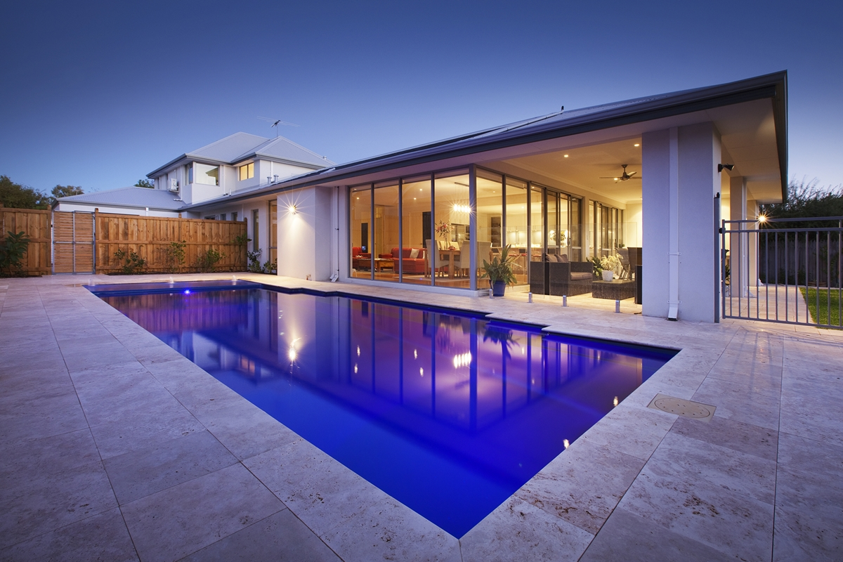 Monaco Pool 9.5m x 4.4m Featured Image